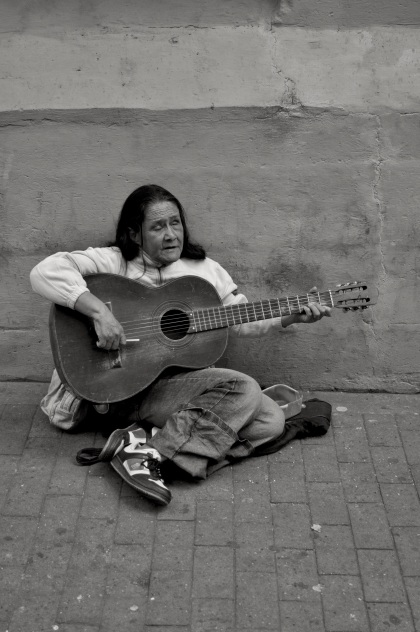 Street Guitarist - Manizales, Colombia