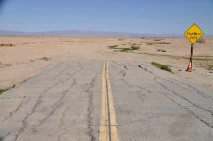 pavement-ends-t