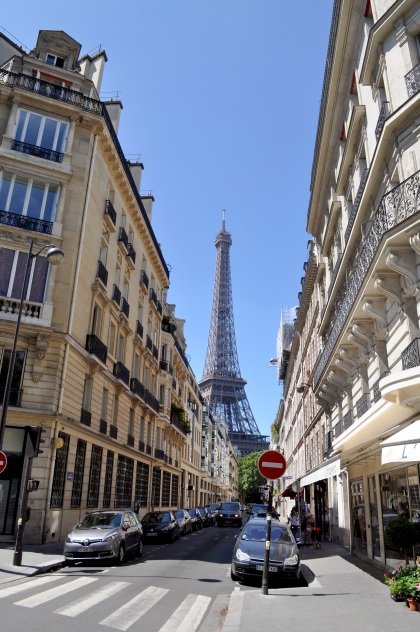 Eiffel Tower Street View T