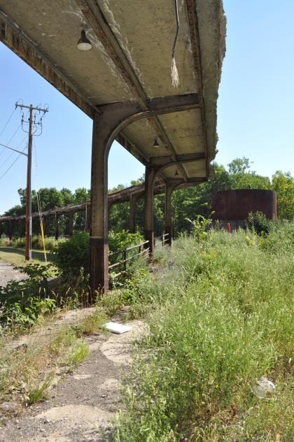 Crumbling Platform T