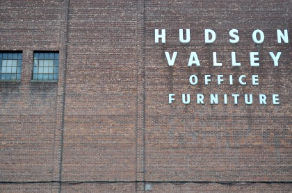 Hudson Valley Office Furniture T