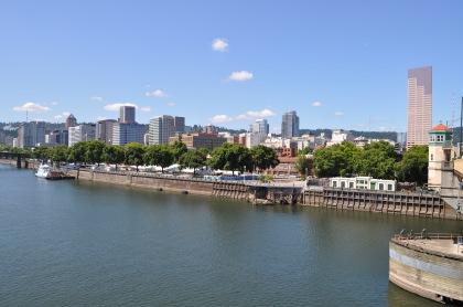 Portland Skyline T